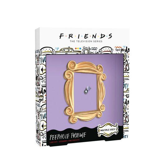 Friends-peehole1