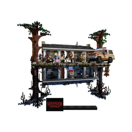 LEGO_75810_2